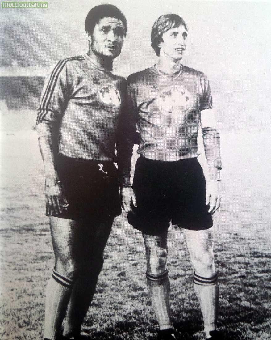 Great photo of Eusébio and Johan Cruyff