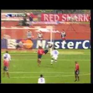 Bayern Munich 0-[1] Olympique Lyonnais - Juninho Pernambucano 6' (Great Goal)