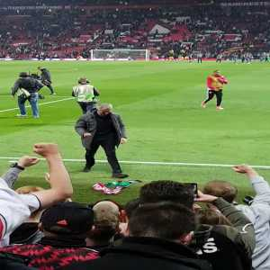 Jose Mourinho celebrating with the Manchester United fans