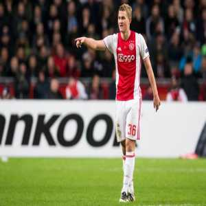 """De Ligt on Pogba being worth more than the entire Ajax starting XI: """"I have never seen a bag of money score a goal, as Cruijff used to say."""""""