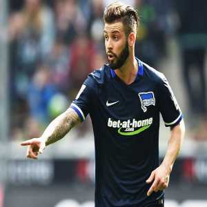 Bayern are on the verge of signing Hertha Berlin left-back Marvin Plattenhardt (25). Transfer fee should be around €14m [Welt]