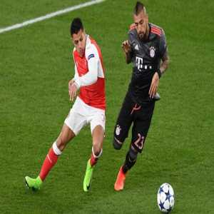 """Vidal: """"Bayern have asked me about Alexis and I've always told them that he is the player who should come here"""""""