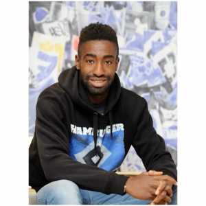 Ex-HSV Captain Djourou leaves the team, afters his contract expires. Already the third player who leaves the team
