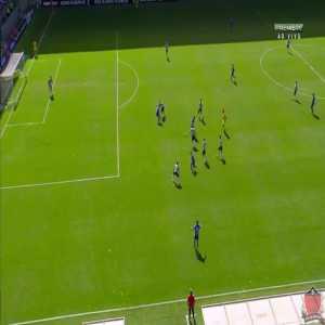 Lucca (Ponte Preta) second goal vs. Atlético-MG (1-2)