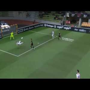 Great Indoor Soccer Goal Of Sinan Karweina, Grasshoper Club Zürich Vs. 1 FC  Köln | 5th January 2018 | Troll Football