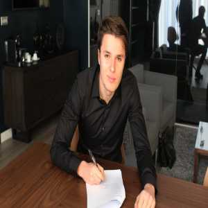 Leeds United are pleased to confirm the signing of Oliver Sarkic from Portuguese side Benfica