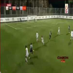 Soufiane Feghouli, Galatasaray, got a yellow card for this.