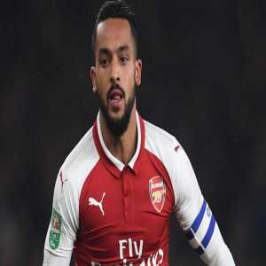 Theo Walcott at Everton training ground to discuss possible move from Arsenal