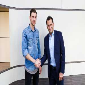#FCBayern have signed Germany international Leon #Goretzka. More to follow.