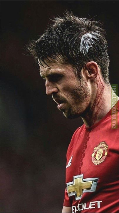 Michael Carrick is set to retire at the end of season Games: 460 🔴 Goals: 24 ⚽️ Premier League: 🏆🏆🏆🏆🏆 League Cup: 🏆🏆🏆 FA Cup: 🏆 Champions League: 🏆 Europa League: 🏆 Club WC: 🏆 Underrated. Undervalued. Unappreciated.