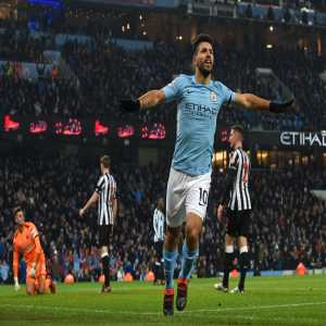 [OptaJoe] 3 - Sergio Aguero has scored the first perfect Premier League hat-trick since the Argentine himself scored one against Newcastle in October 2015. Deja-vu.