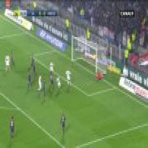 Lyon 1-0 PSG : Fekir 2' (great freekick)