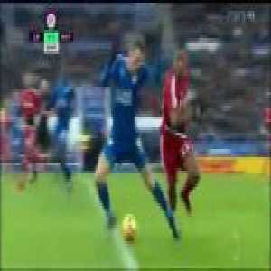 Amazing synchronised drop and roll from Vardy and Zeegelaar