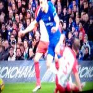 Video - Dawson's terrible tackle on Zappacosta from Chelsea vs West Brom
