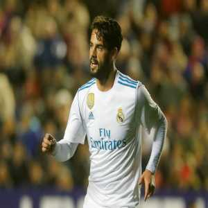 COPE reporting Isco will replace Bale in the line up for Madrid today, to make it a 4-4-2 rather than the usual 4-3-3. Bale is not injured, it's a tactical decision