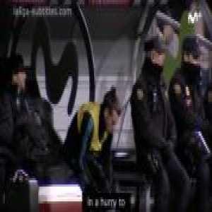 El Día Después (in English): Bale, a calm man on the bench