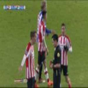 Hirving Lozano (PSV) straight red card against Heerenveen