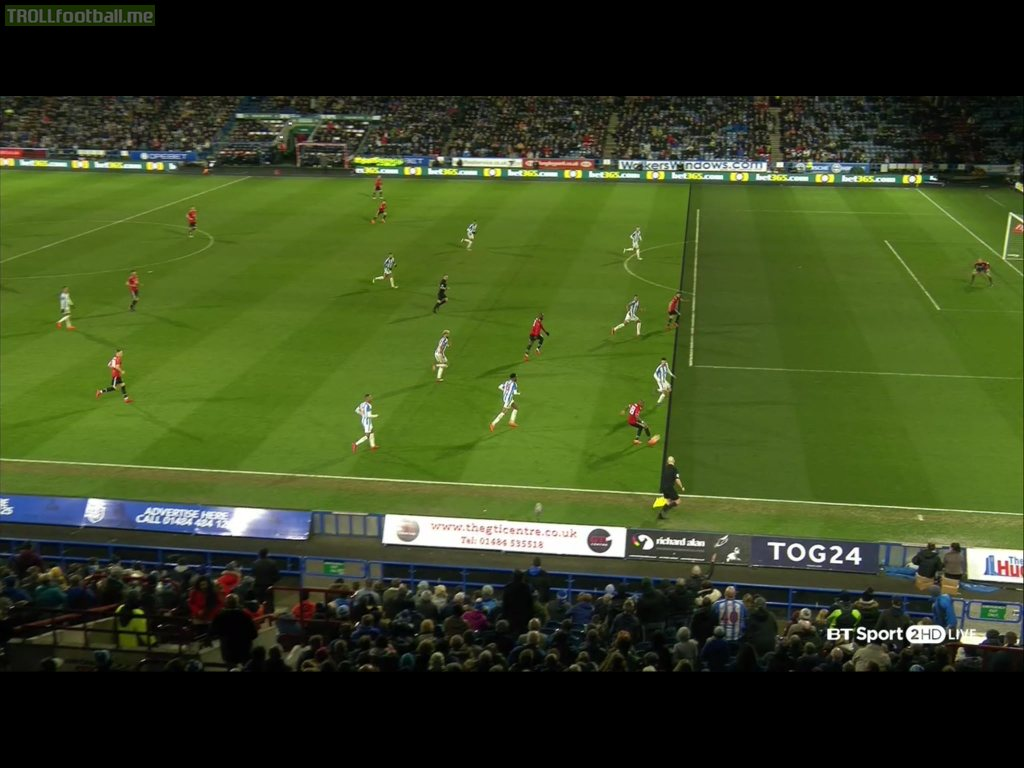Juan Mata's goal with correct line. There was a minimal offside.