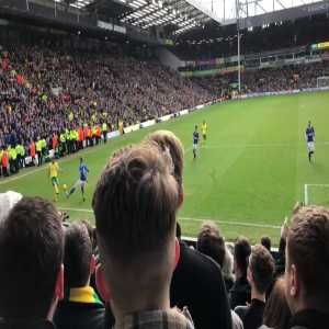 The scenes as Norwich score a 96th minute equaliser against rivals Ipswich
