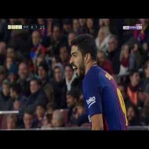 Barcelona's Suarez Trying Hard To Get Yellow Carded Today To Get An Early Suspension And Not Miss The Games Against Atletico
