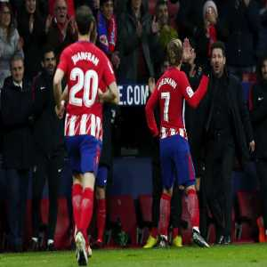 Antoine Griezmann is the first Atlético Madrid player to score hat-tricks in two consecutive La Liga games in the 21st century.