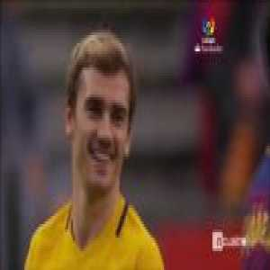 Griezmann looked very happy meeting the Barcelona players yesterday in the game against Atletico Madrid
