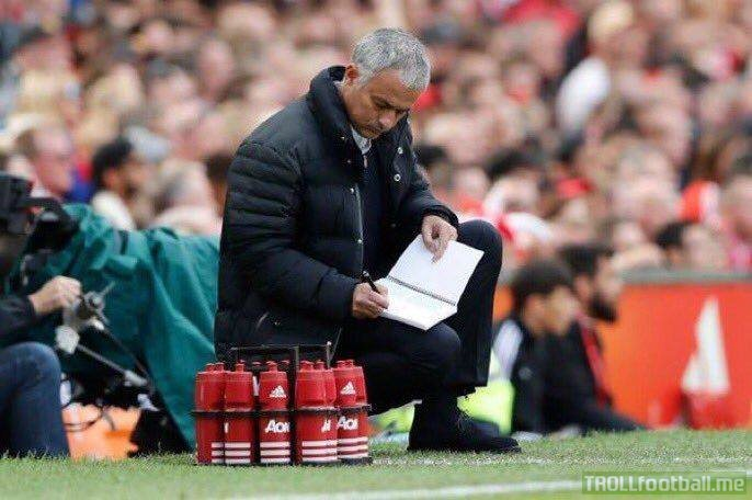 Jose Mourinho doing Marcus Rashford's homework in exchange fo