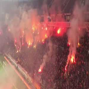 The atmosphere of Galatasaray's last training before the derby against Fenerbahce. A good way to support your team