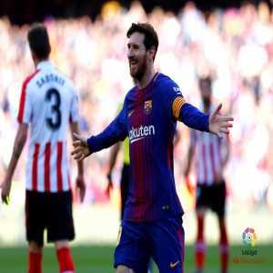 Lionel Messi scores 25 La Liga goals this season.