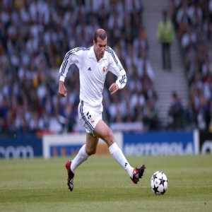 """David Beckham: """"To train with Zinédine Zidane for three years was a dream. For me, he is the greatest player of all time"""""""