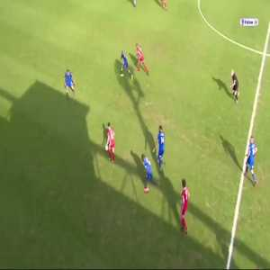 George Long's phenomenal outlet pass to set up Lyle Taylor on the half-volley to bring @AFCWimbledon back level on 2-2