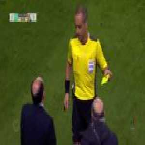 Felipe, from Porto, got an yellow card because he was playing with a shirt from his teammate Soares