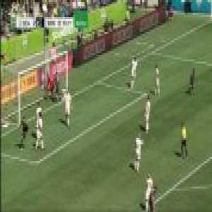 Seattle 2-[1] Minnesota United - Christian Ramirez