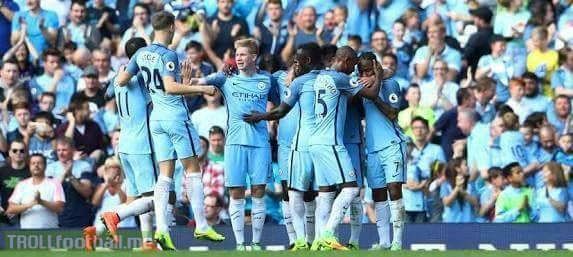 Manchester City 5-0 Swansea 524 passes in first half (New Record) 1042 passes in the match (New Record) 83% Possession  What a performance 🔥🔥