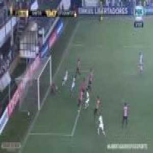 Lucas Veríssimo (Santos) goal vs. Estudiantes (2-0) [Copa Libertadores]