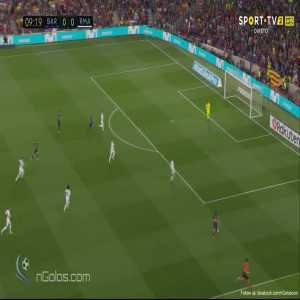 Barcelona 1-0 Real Madrid - Suarez 10'