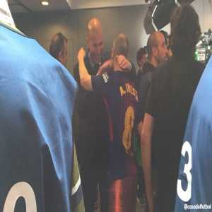 Zidane waited in the tunnel to give Iniesta a hug