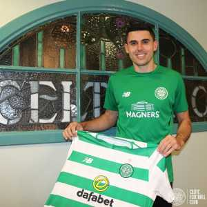 Tom Rogic signs new 5 year deal at Celtic