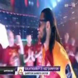 Jason Denayer picks Juicy by Biggie Smalls as his entrance song for Galatasaray's championship ceremony