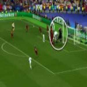 Sergio Ramos elbow tackle against Loris Karius (Champions League final   49')