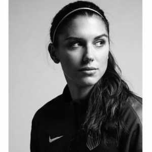 """@FootballSayings: """"I love Messi's football, but there is no player as complete as Cristiano Ronaldo"""" - Alex Morgan 
