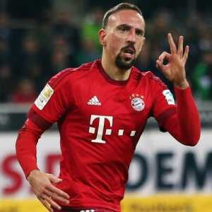 """Franck Ribery on Karim Benzema """"They [Didier Deschamps] gave him a suspension from playing for the NT that lasted over 3 years. But during that time, it's a full house of Champions League trophies."""""""