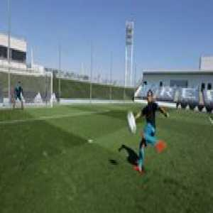Lucas Vázquez recreating THAT Zidane volley, vs Zidane's son...😱   HereToCreate