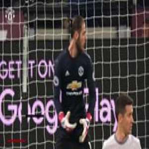 1️⃣8️⃣ clean sheets was enough to win David De Gea the 2017/18 Premier League Golden Glove!  Here's how he did it...
