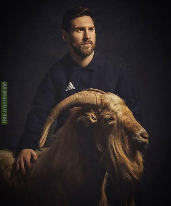 Messi And Ronaldo In One Picture!😍🔥 MJJ