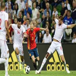 Andrés Iniesta was the players who lost the most possessions (23) against Tunisia