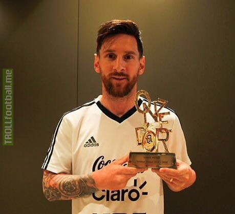 "Lionel Messi named ""best player of the season"" by French publication Onze Mondial"