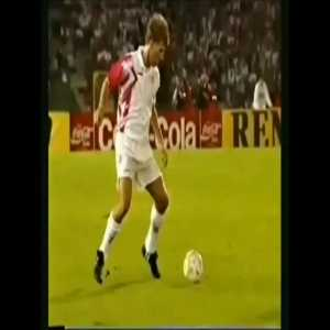 La Croqueta was popularized through Europe by Michael Laudrup & brought into the modern era by Andrés Iniesta.The move which involves the player making a quick change of the ball from one foot to other often leads to completely bamboozled defenders who have no idea what happened.