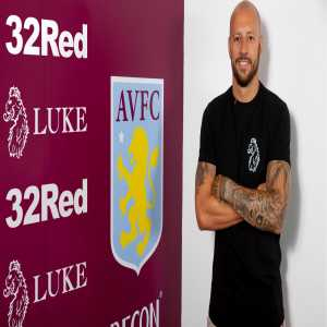 Alan Hutton agrees a new contract with Aston Villa