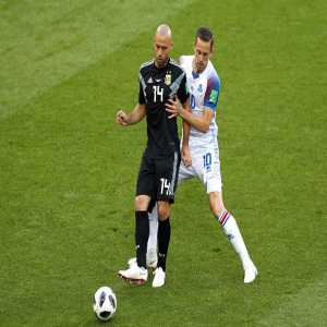In the first half of the game, Javier Mascherano (69/70) completed more passes than all the Iceland players added (63).